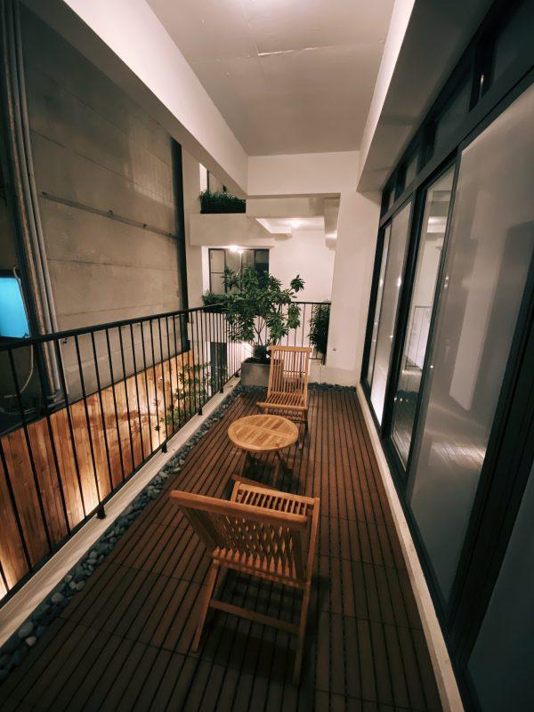 嬉・行旅2樓陽台